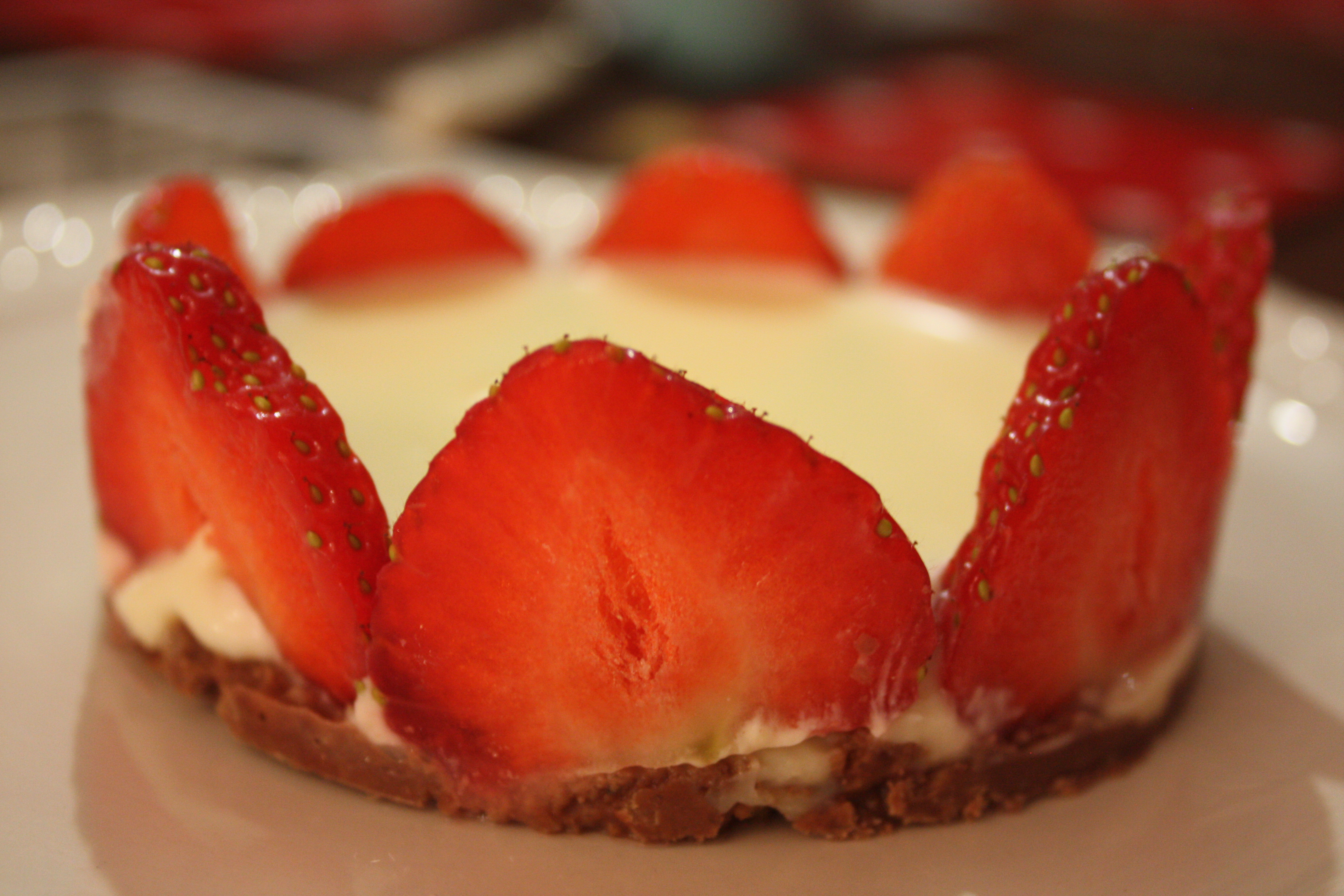 Slumber party pudd: white chocolate and strawberry mousse
