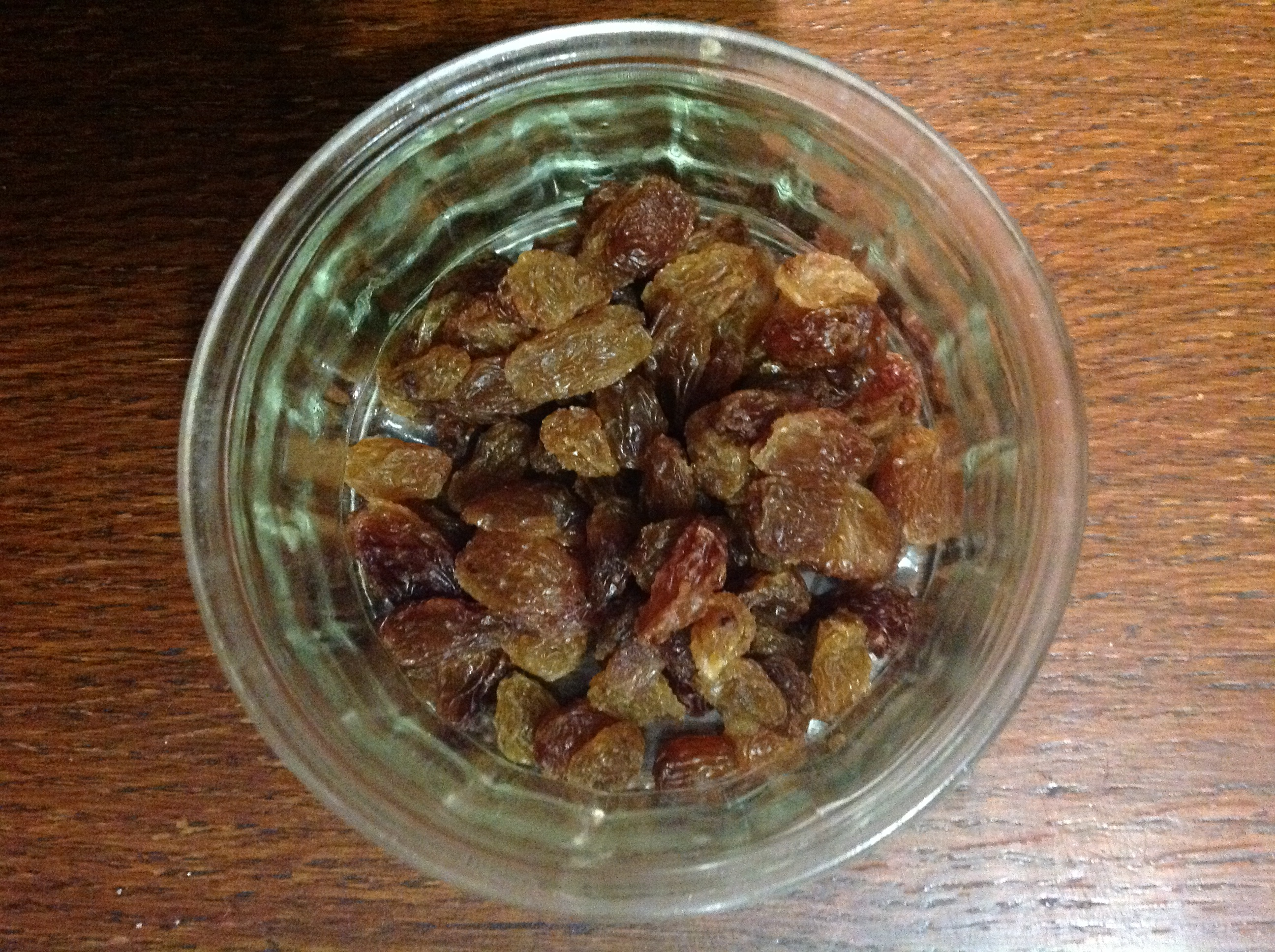 Sultanas - before soaking