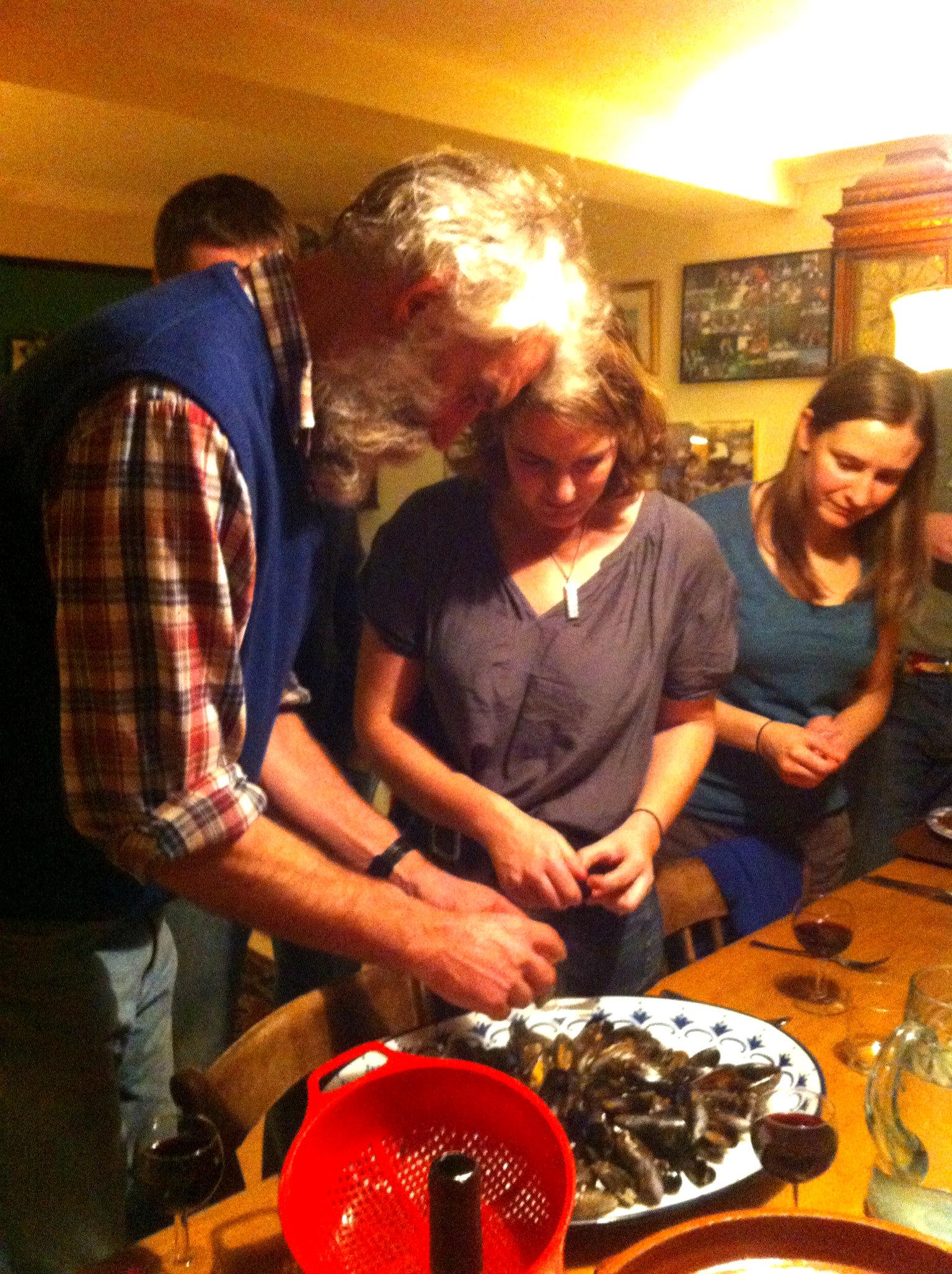 Preparing Mussels