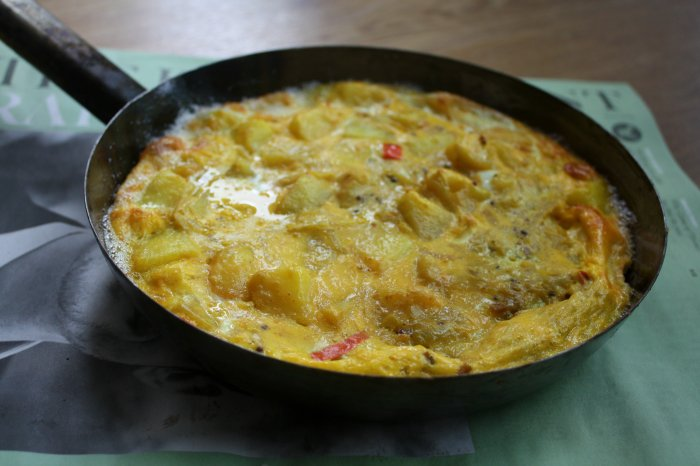 indian style spiced omelette